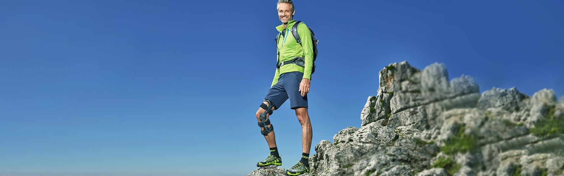 Orthopädie-Schuhtechnik Schwörer in Neustadt- eine Orthese hilft beim Berg erklimmen